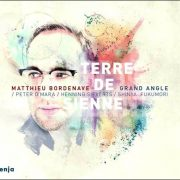 Matthieu Bordenave Grand Angle – Terre de Sienne