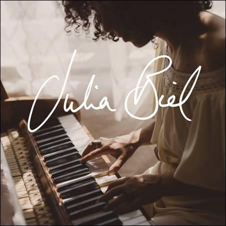 Julia Biel – Julia Biel