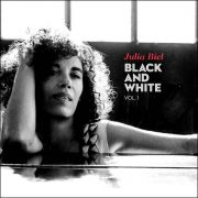 Julia Biel – Black And White Vol. 1